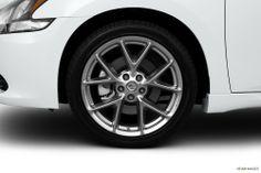 2011 Nissan Maxima Wheel