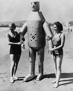 Fun vintage robots. From Jessica H.