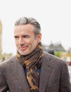 My vision of dapper style & selfies Gentleman Mode, Dapper Gentleman, Gentleman Style, Sharp Dressed Man, Well Dressed Men, Fashion For Men Over 50, London Lifestyle, Advanced Style, Vintage Stil