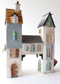 The perfect cardboard castle! found via Mari - Small for Big The perfect cardboard castle! Cardboard Castle, Cardboard Crafts, Cardboard Playhouse, Cardboard Furniture, Cardboard Houses, Foam Crafts, Diy Karton, Paper Houses, Paper Toys