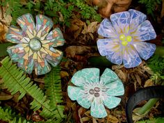 Mosaic flowers for the garden
