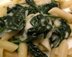 Penne with spinach and gorgonzola Penne, How To Cook Pasta, Risotto, Spinach, Canning, Vegetables, Food, Essen, Vegetable Recipes