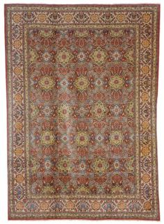 DABIR KASHAN CARPET  Central Persia, Circa 1930  Approximately 15 ft. 6 in. x 11 ft. 2 in. (472 cm. x 340 cm.)