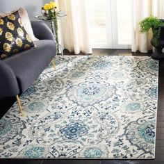 Safavieh Madison Paisley Boho Glam Cream/ Light Grey Rug - x Square x Square - Cream/Light Grey) (Polypropylene, Floral & Botanical) Grey Rugs, Beige Area Rugs, Paisley Rug, Transitional Home Decor, Transitional Style, Floral Area Rugs, Cream Area Rug, Blue Area, Online Home Decor Stores