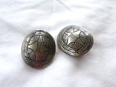 Vintage Geo Heavy Silver ClipOns  C16 by GraffitiCat on Etsy, $5.00 - 2'' long × 1.25 wide.
