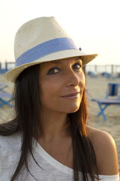 Smilingischic outfit navy style all shades of the sea cappello di paglia H