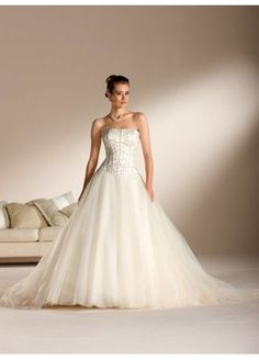 Princess Strapless Chapel Satin Lace Wedding Dresses 14403513 Organza Bridal e09673853de5