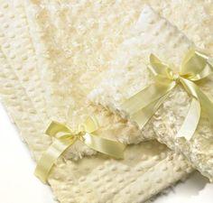 Luxury Minkie Blanket Set...