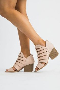 bf4fa8a0df8 335 Best Shop  Pretty Shoes images in 2019