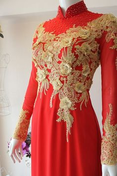 Vietnamese Traditional Dress, Traditional Dresses, Vietnamese Clothing, Salwar Suits Party Wear, Red Gowns, Pakistani Dress Design, China Fashion, Women's Fashion, Embroidery Dress