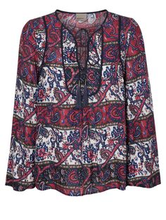 Paisley print blouse from VERO MODA. Total 70s style!