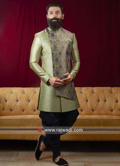 latest Indo western sherwani designs for wedding Sherwani For Men Wedding, Sherwani Groom, Mens Sherwani, Indian Men Fashion, Big Men Fashion, Mens Fashion Suits, Wedding Dress For Boys, Wedding Dresses Men Indian, Men Ethnic Wear India