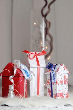 Joulukalenterin 8. luukku lähettää jouluisia terveisiä Turun ja Varsinais-Suomen huomilaisilta! Kuva: Linda Tuominen