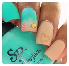 Best Colorful Stylish Summer Nails Design Ideas27