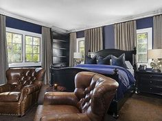 Khloe Kardashian's California Home: Bedroom