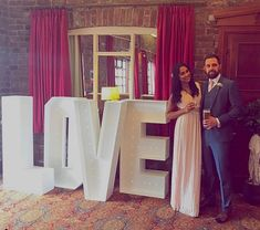 Gorgeous couple, so happy to have supplied their LOVE sign.  #piecesandposies