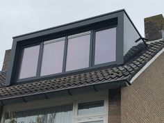 Dormer Roof, Dormer Windows, Roof Window, Ceiling Windows, Attic Rooms, Attic Spaces, Dormer Loft Conversion, Voordelen Van, House Extensions