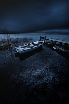Beautiful Landscape Photography Collection on Beautiful Landscape Photography, Dark Photography, Landscape Photos, Beautiful Landscapes, Travel Photography, Inspiring Photography, Beautiful World, Beautiful Images, Alone Art