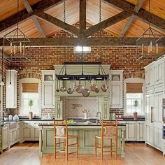 New Kitchen Colors Modern Exposed Brick 41 Ideas Home, Kitchen Design, Brick Flooring, Sweet Home, Kitchen Inspirations, Stylish Kitchen, Brick Kitchen, Exposed Brick Kitchen, Dream Kitchen