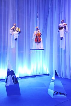 Trio Zazi welcomed guests at the entrance, giving a performance from floating platforms. Photo: Courtesy of Bell