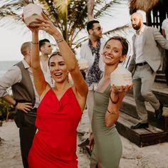 Wedding Guest Men, Black Tie Wedding Guests, Formal Wedding Guests, Wedding Ideas, Semi Formal Wedding Attire, Mens Beach Wedding Attire, Casual Wedding, Wedding Beach, Outside Wedding Dresses