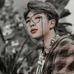 Find images and videos about bts, namjoon and theme on We Heart It - the app to get lost in what you love. Jimin, Bts Bangtan Boy, Jung Hoseok, Kim Namjoon, Taehyung, K Pop, We Heart It, Bts Rap Monster, Rapper