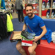 Our new ambassador Darren Grigas after gait analysis with his Saucony Xodus ISO2 #ukrunchat