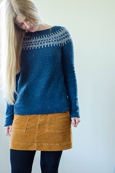 Needlework Projects Ravelry: Beat Sweater pattern by Katrin Schneider - discount until end of Feb (CEST) Diy Sewing Projects, Sewing Hacks, Sewing Ideas, Cardigan Pattern, Weaving Patterns, Schneider, Fashion Books, Ravelry, Knit Crochet