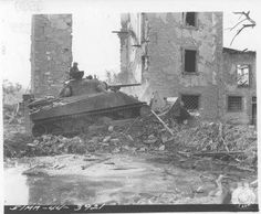 23 September 1944 - Fifth Army, Firenzuola, Italy - A tank dozer of a tank battalion clears rubble with the Infantry Division clears rubble in Firenzuola. (Photo by William D. Military Art, Military History, Tank Armor, Army Vehicles, Armored Vehicles, Sherman Tank, Ww2 Photos, Wargaming Terrain, Visit Italy