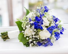 #bouquet #bridalbouquet #bridalprep #bridalpreparation #weddingphotography #caerphillywedding #wedding