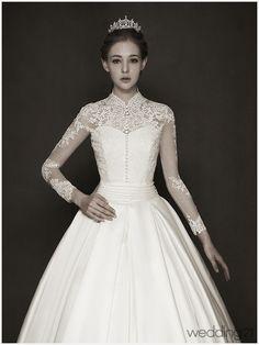 [웨딩드레스] 내 소중한 신부를 위한 신작 드레스 컬렉션...몽유애 < 웨딩뉴스 < 웨딩검색 웨프 Wedding Dress Sleeves, Dream Wedding Dresses, Long Sleeve Wedding, Bridal Dresses, Wedding Gowns, Elegant Ball Gowns, Mode Vintage, Beautiful Gowns, Simple Dresses
