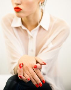 Red lips & nails