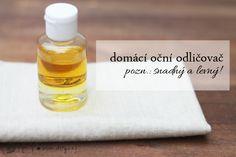 Domácí oční odličovač s olivovým olejem