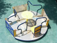 Wheelchair accessible merry-go-round