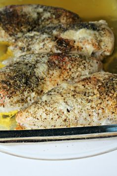 Easy- Best Moist Baked Chicken Recipe Ever Ever Ever Ever - Best EVER super moist and flavorful no fail easy chicken recipe. Moist Baked Chicken, Baked Chicken Recipes, Creamy Chicken, Lemon Chicken, Grilled Chicken, I Love Food, Good Food, Yummy Food, Great Recipes