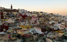 Gu T Reise nach Tanger. Befindet sich die finden Sie in unserem gu T ein Tanger: Orte zu besuchen, Gastronom, Parteien...
