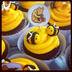 Pooh Bear and bumble bee red velvet cupcakes with vanilla buttercream frosting Character Cupcakes, Yummy Recipes, Yummy Food, Vanilla Buttercream Frosting, Red Velvet Cupcakes, Food Challenge, Catering Ideas, Pooh Bear, Cupcake Ideas