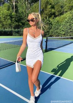 Trendy Summer Outfits, Summer Dress Outfits, Cute Summer Dresses, Spring Outfits, Outfit Ideas Summer, Party Outfit Summer, Summer Clothes For Teens, Cute Dresses, Summer Holiday Outfits
