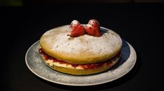 Recipe: Victoria Sandwich Cake (GF, DF, V) Victoria Sandwich Cake, Easy Sandwich Recipes, Mud Recipe, Sandwiches, Baking, Breakfast, Food, Morning Coffee, Bakken