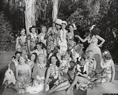 Sun, Sea and Sex Why mid-century America couldn't get enough of Polynesia's exotic Tiki culture. Tiki Pop: America imagines its own Polynesian Paradise, Taschen Books Vintage Tiki, Vintage Hawaiian, Vintage Stuff, Tiki Hawaii, Tiki Art, Tiki Tiki, Tiki Lounge, Fantasy Island, Polynesian Culture