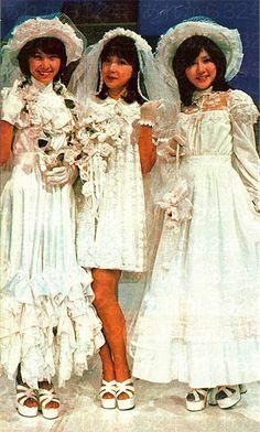 イメージ 5 Vintage Prom, Retro Vintage, Japanese Female, Group Photos, Rocks, Idol, Bohemian, Kawaii, Candy