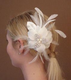 Bridal fleur de cheveux de soie avec morceaux de par glamorbydesign, $67.99