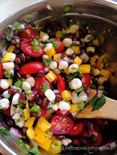 Mexican Black Bean and Hominy Salad    Almost every week the recipe in the Weight Watchers Weekly looks good. At least lately, anyway. For...