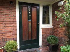 Jaren30woningen.nl | Jaren 30 voordeur met overdekte entree