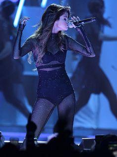 Selena Gomez Invited Shiloh & Zahara Jolie-Pitt To Her Concert — Their SweetGifts