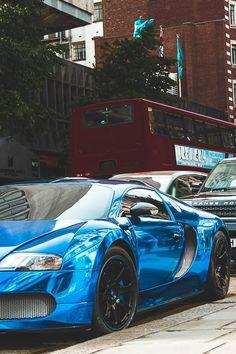 Bugatti 2009 EB Veyron 16.4 Centenaire blue chrome
