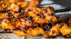 Kuracie kebab špízy    Recepty.sk Chicken Masala, Chicken Tikka, Tandoori Chicken, Tandoori Masala, Garam Masala, Tikka Recipe, Indian Food Recipes, Ethnic Recipes, Indian Foods