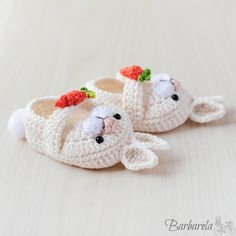 Crochet Doll Tutorial, Crochet Diy, Crochet For Kids, Crochet Crafts, Crochet Projects, Crochet Baby Boots, Crochet Baby Clothes, Crochet Shoes, Newborn Shoes