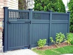 Fascinating DIY Wooden Garden Fence Styles and Designs for Your Home Fascinating DIY Wooden Garden Fence Styles and Designs for Your HomeWe have The Best Wooden Fence Styles and Design. Backyard Privacy, Privacy Fences, Backyard Fences, Garden Fencing, Backyard Landscaping, Backyard Designs, Backyard Ideas, Diy Fence, Garden Privacy