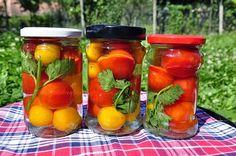Kalandok a konyhában ... és a kertben: Üvegben eltett koktélparadicsom Salsa, Jar, Stuffed Peppers, Vegetables, Food, Red Peppers, Stuffed Pepper, Essen, Vegetable Recipes